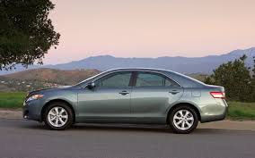 2011 Toyota Camry Reviews and Rating | Motor Trend