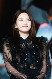 Reveluv red velvet official fan. Red Velvet Yeri Redvelvet Reveluv Yeri Kpop Smile Peekaboo