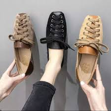Two web celebrity doug <b>shoes female</b> students to wear the new ...