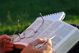 Risultati immagini per studio biblico