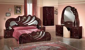 Mahogony Italian Classic 5 Piece Bedroom Set
