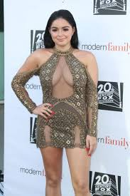 The 25 best Ariel winter modern family ideas on Pinterest