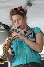 File:Aurora Nealand - Sasha Masakowski's Saxaphonist at New Orleans Jazz  Fest 2014.jpg - Wikimedia Commons