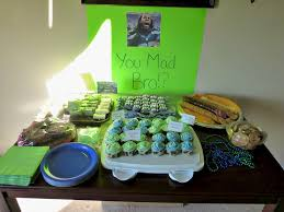 Super Bowl Party Decorating Ideas Super Bowl Decoration IdeasFall 100 Football Party Centerpiece 86