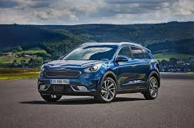 2018 kia niro interior. contemporary niro kia to introduce allelectric niro in 2018 kia niro interior