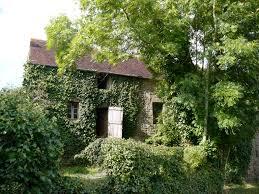 vieilles pierres à rénover à la chapelle ste anne 61150 vieux pont