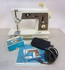 Singer 636 Sewing Machine