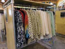 Racked La Las 10 Best Shops For Fashion On A Budget