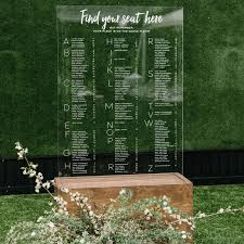 Wedding Seating Chart Acrylic 17 Lucite Wedding Ideas Were Clearly In Love With
