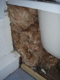 Insulating Under The Bath Insulatingmyhouse - Insulating a bathroom