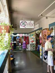 A Passionate Quilter: More Quilt Stores in Maui-