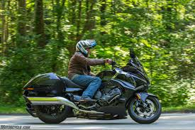 2018 bmw bagger. brilliant bagger below 4500 rpm or so sheu0027s a bagger at about 5000 she becomes large  sportbike and up around 7000 rpm youu0027re riding snarling vintage race car  on 2018 bmw bagger o