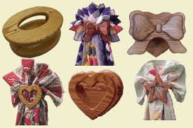 bow quilt hangers and heart quilt racks