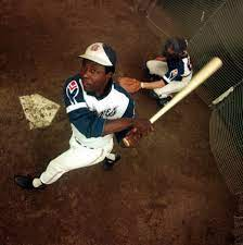 Hank Aaron Stats: The Numbers of a ...