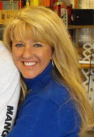 """Susan Howell on Twitter: """"@VinniePolitan Pffft, actress? I would ..."""