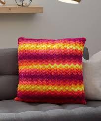 Crochet Pillow Patterns Cool Splendid Shells Pillow Red Heart
