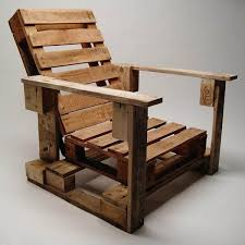 diy wooden pallet chair