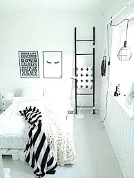 Small White Bedroom Ideas Black And White Bedroom Ideas For Small ...