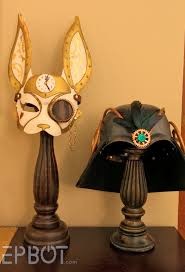 Monday, January 27, 2014. Easy Masquerade Mask Display Stand