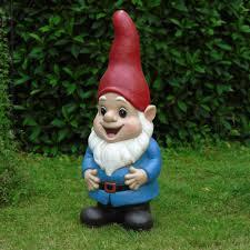garden gnome statues.  Garden On Garden Gnome Statues T