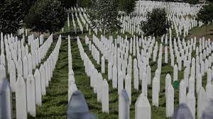 Srebrenitsa Katliamı nedir, ne zaman gerçekleşti? Srebrenitsa Katliamı yıl  dönümünde anılıyor