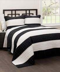 this black white stripe quilt set is