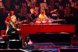 Elton John Million Dollar Piano Seating Chart Sir Elton John Announces New Years Eve Las Vegas Show Las
