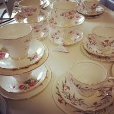 Decorating With Teacups And Saucers 60 best Vintage Teacup Decorations images on Pinterest Table 21
