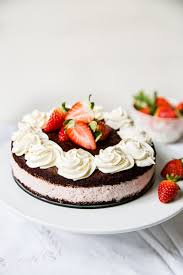 Chocolate Strawberry Mousse Cake Vikalinka