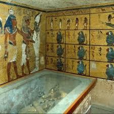 Risultati immagini per tomba egizia