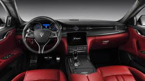 The New Quattroporte: restyling and range strategy for a new ...
