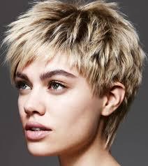 مجلة هي شعرك يعكس شخصيتك شاهدي تسريحات الشعر القصير لصيف