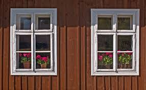 Old Windows Upcycling Projects And More For Old Windows And Doors