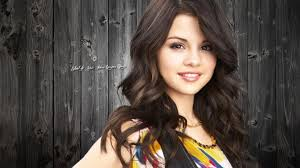 cute smile selena gomez hd photos