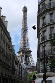 dining with eiffel tower view. eiffle tower restaurant . dining with eiffel view
