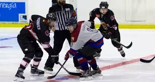 en hockey hielo el equipo femenino del sad majadahonda volvió a ganar una jornada más en esta ocasión ante el valdemoro 10 0 lo que mantiene a las