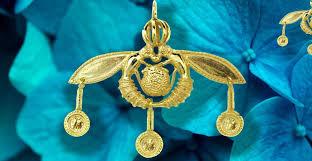 minoan malia bees history symbolism