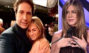 1 day ago · our beloved couple from the iconic series friends, ross and rachel aka jennifer aniston and david schwimmer are giving fans a major meltdown as they have reportedly harboured secret feelings for each other in real life.the friends reunion had revealed inside scoops of the duo's secret crush on each other while filming for the show more than 20 years back. Karlunisguk7um