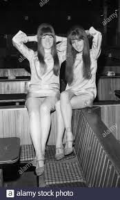 The McKinleys, schottisches Popduo, bestehend aus den Schwestern ...