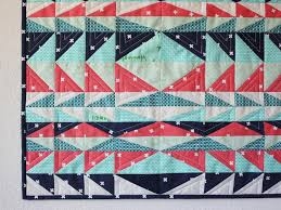 7 FREE Fat Quarter Quilt Patterns &  Adamdwight.com