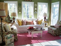 Image Cottage Private Hideaway Hgtvcom Cottagestyle Sunrooms Hgtv