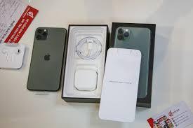 Mổ xẻ' chiếc iPhone 11 Pro Max màu xanh rêu đầu tiên tại Hà Nội | Sản phẩm  mới