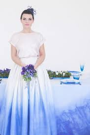 diy dip dyed wedding dress and wedding table2