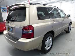 2005 Used Toyota Highlander 4dr V6 4WD Limited w/3rd Row at ...