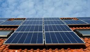 <b>Solar Charge Controllers</b>: <b>MPPT</b> And <b>PWM</b> Basics   EnergySage