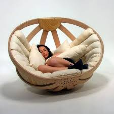 Comfy lounge furniture Interesting Cradle Homedit 10 Most Comfortable Lounge Chairs Ever Designed