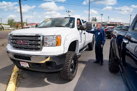 Top Tips for Buying a Used Pickup - PickupTrucks.com News