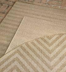 7 10 x laurel indoor and outdoor seagrass look rug in outdoor sisal