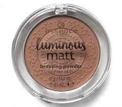 <b>Essence Компактная пудра</b> luminous matt bronzing powder