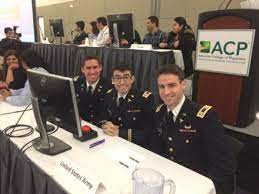 Walter Reed Team Places in International Medical Knowledge Final
